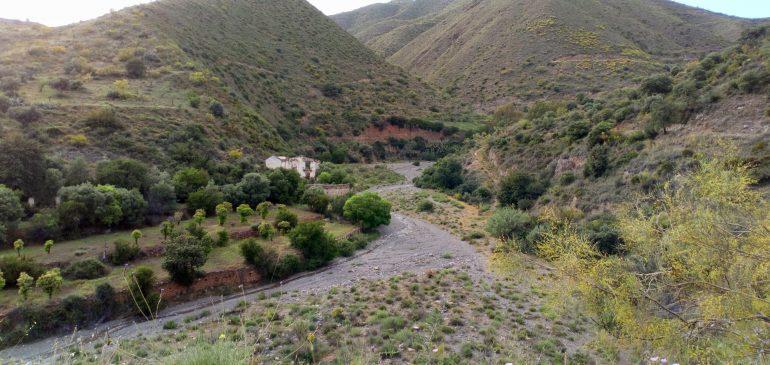 5 de Noviembre 2018. Los Montes de Málaga, una fuente desconocida de materias primas – rocas y minerales-. Aula museo de geología Málaga