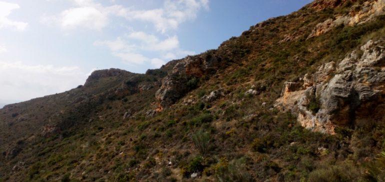 22 de Octubre 2018. Jornada geológica las Mesas de Zalia y Baños las Majadas (Alcaucín). Aula museo de geologia Málaga.