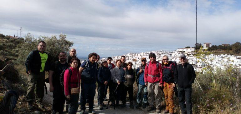 7 de Abril 2019. Visita al ortogneis de Cerro Pastora (Torrox) Aula museo de geologia (Málaga)
