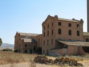 AMET the factory. El Tarajal. A deceised outstanding factory claimed as science museum-quality building.