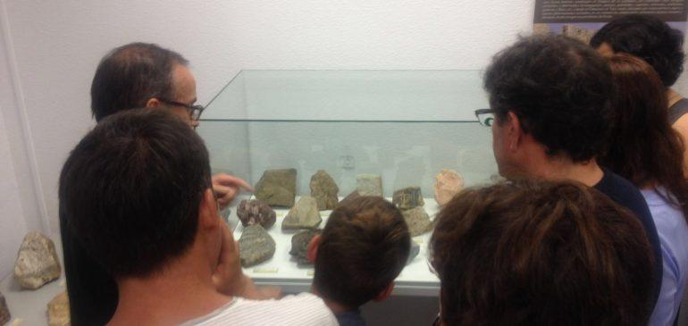 14 de Julio 2018 . Visita geólogos granadinos al Aula museo de geologia Málaga.