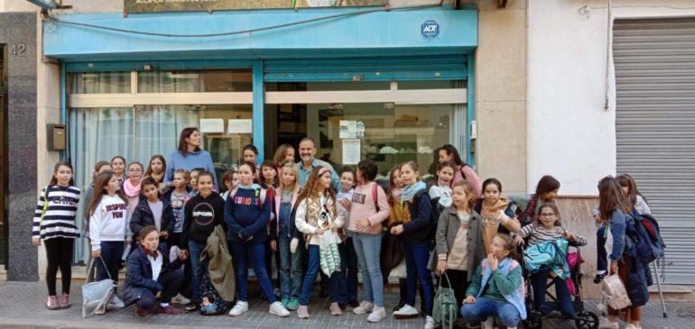 14 de Febrero 2020. Visita alumnas 4ºprimaria Colegio Las Chapas de Marbella al Aula museo de geología Málaga