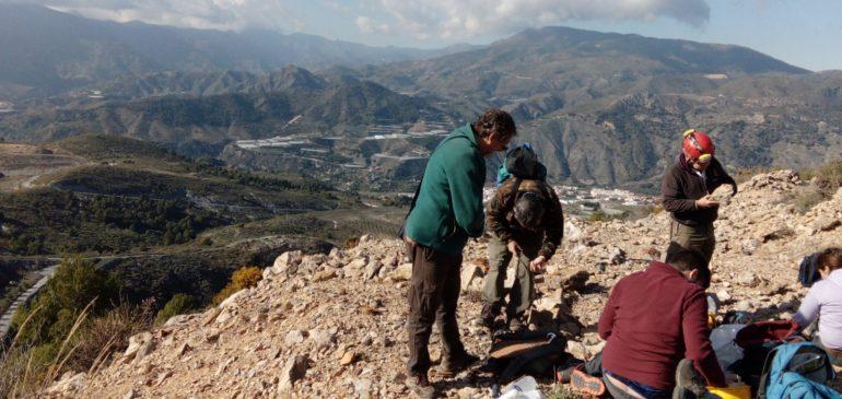 12 de Enero 2020. Por las minas de plomo-molibdeno de Velez de Benaudalla. Aula museo de geología Málaga