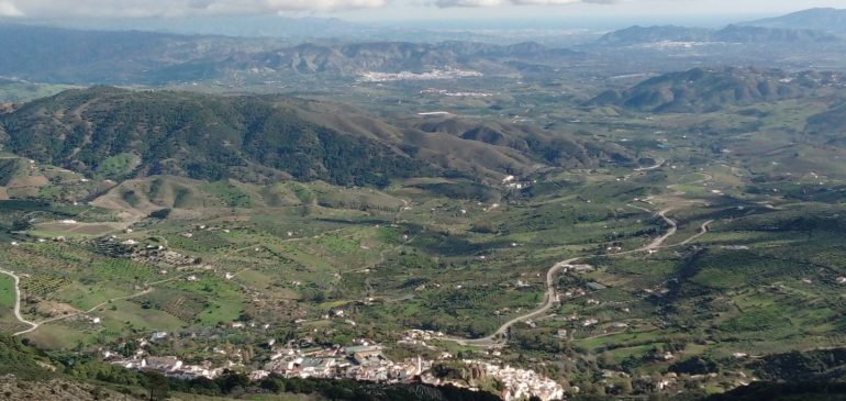 17 de Diciembre 2020 Por las sendas de Pto. Martinez a Sierra Prieta (Casarabonela). Aula museo de geología (Málaga)