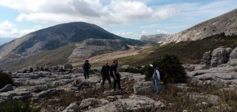 10 de Octubre 2021. Por la serie estratigráfica del Subbético Interno: Triásico y Jurásico del Tajo Arrejanado (Valle de Abdalajis). Aula museo de geologia Málaga