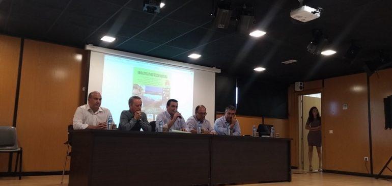 1 de Octubre 2017. Clausura jornadas geologia-arqueologia en Alcaucin. Aula museo de geologia Málaga