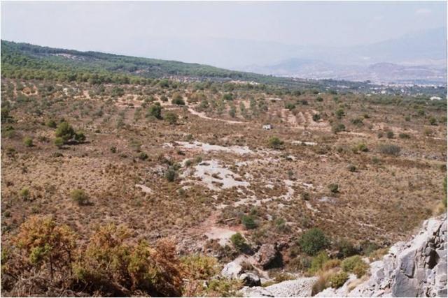 Vista general – pozos y escombreras en los Llanos de la Plata